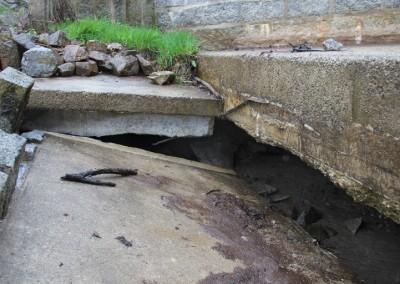 unterspültes Wasserbauwerk